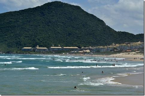 Praia do Santinho4
